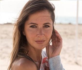 Delphine Breyne 54